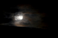 Moon Rising over Traquair_9957_z