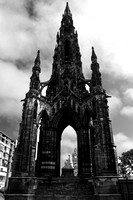Sir Walter Scott Statue_Edinburgh_file_1831