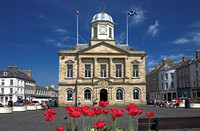 Kelso Square in Spring_5601-01_e